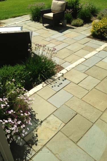 bluestone paving with limestone step