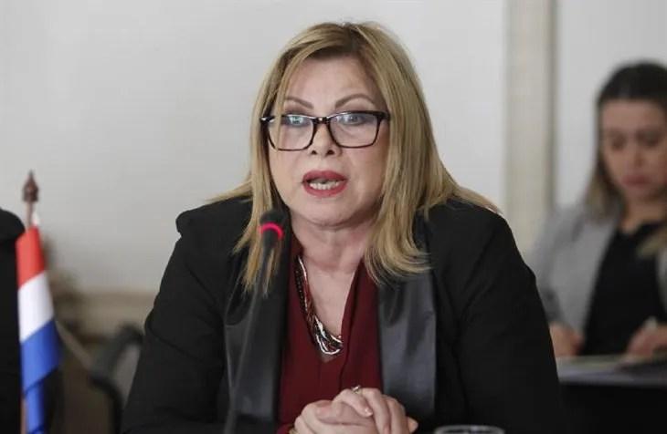 La ministra de la Mujer