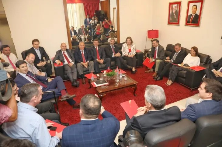 El presidente de la República, Mario Abdo Benítez, participó de la reunión de la Comisión Ejecutiva, donde se analizó el Presupuesto 2020.