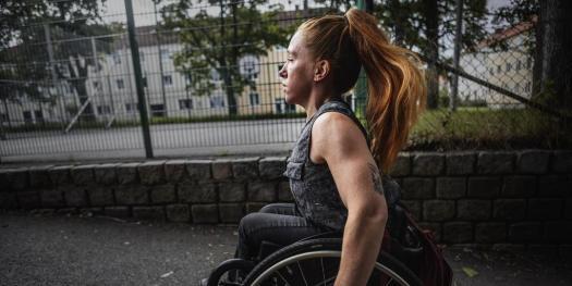 Felicia tvingades betala för slitage på sin rullstol Ur Göteborgs-Posten, foto Sanna Tedeborg.
