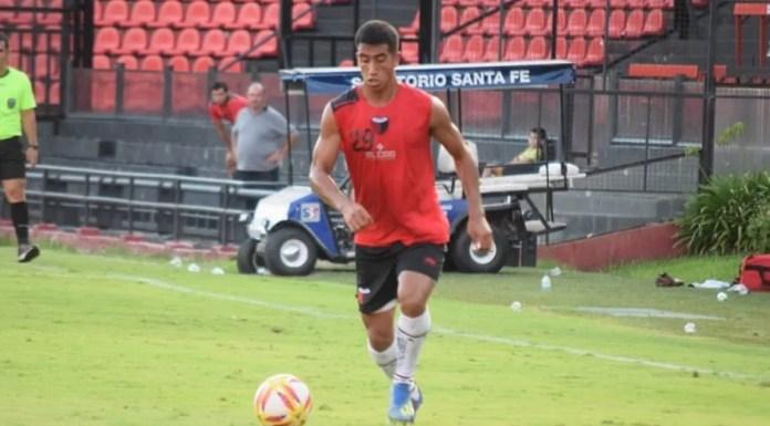 Franco Quiroz acordó la rescisión de su contrato con Colón y continuará con su carrera en Paraguay.