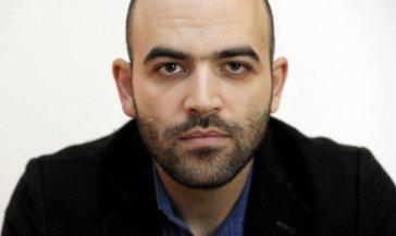 Chi è Roberto Saviano, vita privata e carriera: tutto sullo scrittore italiano