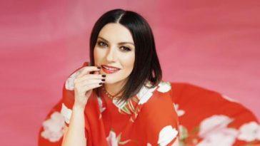 Laura Pausini e quella malattia che le ha tolto la voce: «Sapeva solo Pippo Baudo»