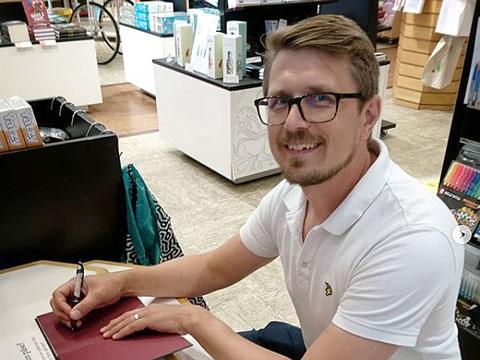 Spontant författarbesök av Peter Lindström