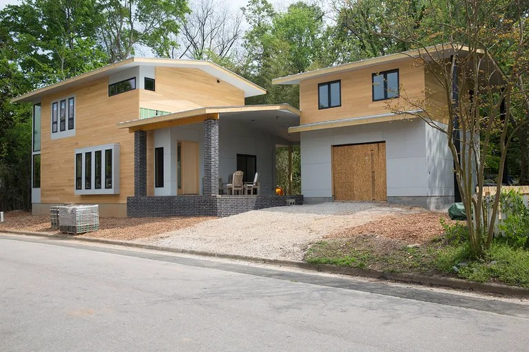 Is This House Too Modern to Exist    Vanity Fair oakwood nc house tear down jpg