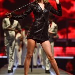 Taylor Swift S 12 Best Outfits From The 1989 World Tour Vanity Fair