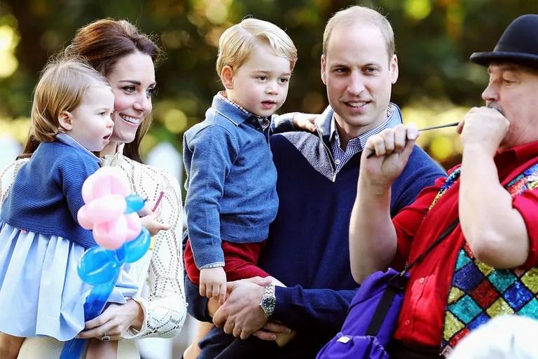 See Kate Middleton And Prince Williams Family Christmas