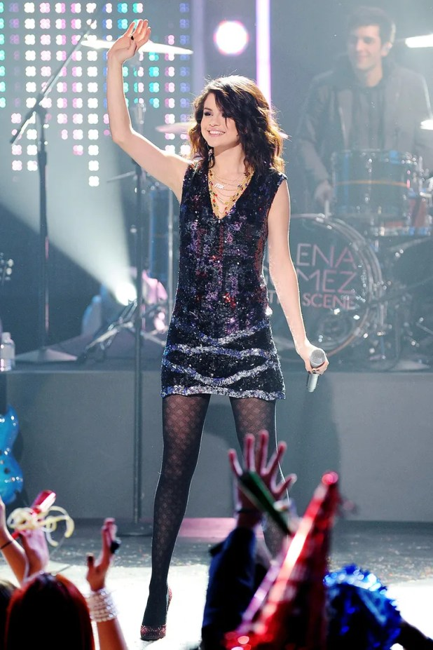 Performing at Dick Clark's New Year's Rockin' Eve (December 2009)