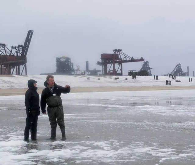 Dunkirk Producers Emma Thomas And Chris Nolan