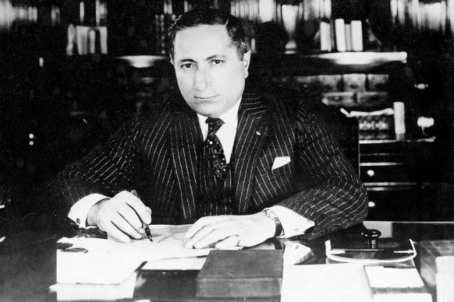 <em>Lion of Hollywood: The Life and Legend of Louis B. Mayer</em>