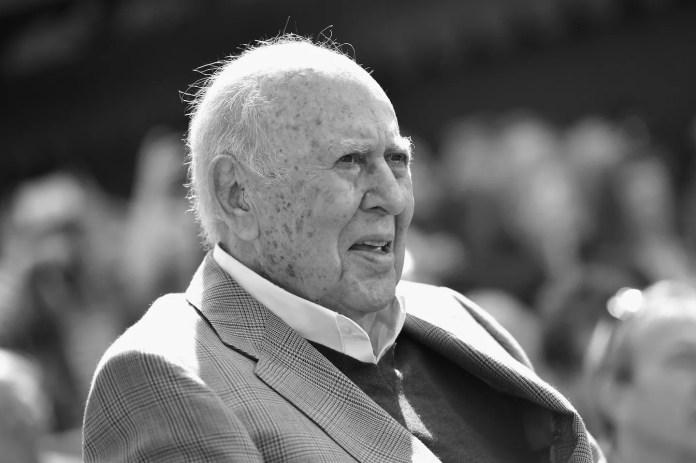Carl Reiner Comedy Patriarch Dies at 98