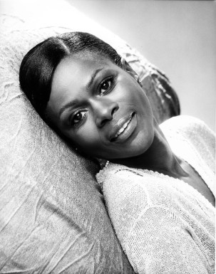 Cicely Tyson, Groundbreaking Tony and Emmy-Winning Actor, Dies at 96 | Vanity Fair