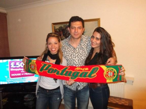 Gisele, Mor Persian (surfer em Londres) e Soraya