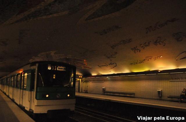 Estações de Paris