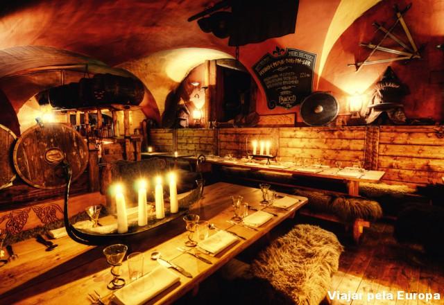 Restaurante viking em Estocolmo.