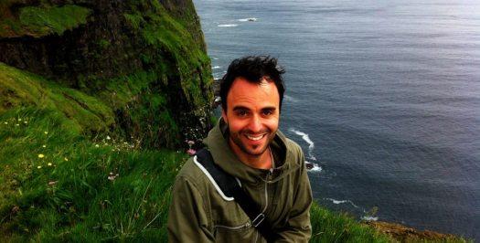 Daniel em Cliffs of Moher - Irlanda