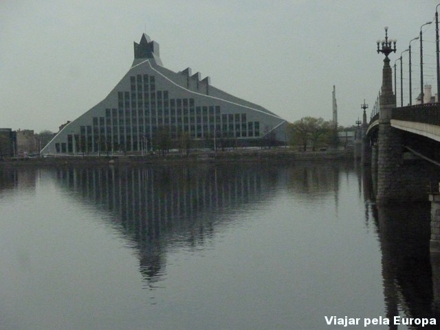 Biblioteca Nacional de Riga.