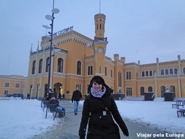 Começando a nevar em frente a Estação Central :)