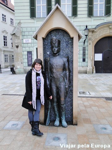 Monumento na praça principal :)