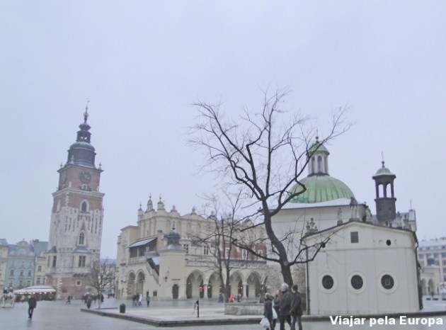 Duas características para o centro histórico de Cracóvia: pequeno e acolhedor :)
