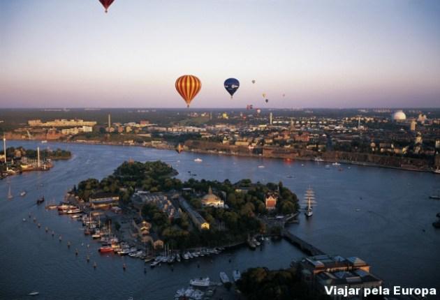 Amazing sunset vista de um balão sobrevoando Estocolmo! Foto por - Jeppe Wikstrom