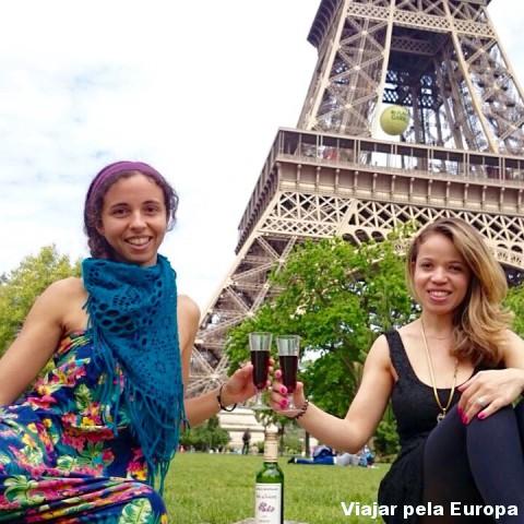 Um piquenique em Paris é tudo de bom!