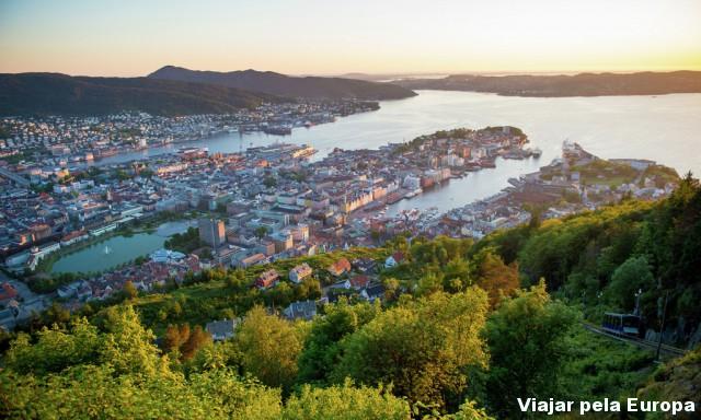 Bergen vista do Monte Floyen é muito linda!