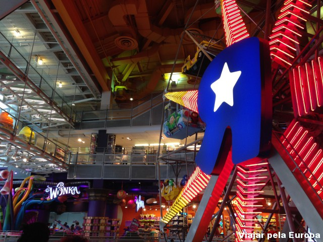 A Loja Toys are us da Times Square é visita obrigatória para quem viaja com bebês para NY!