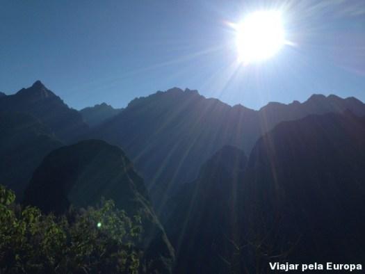 Olha o que você pode perder se andar com pressa na vida. Arredores de Macchu Picchu bem cedinho.