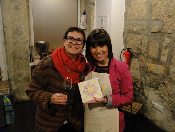 """O tour """"Passear e azulejar"""" do Porto Encanta é uma experiência de turismo criativo. Experimente!"""