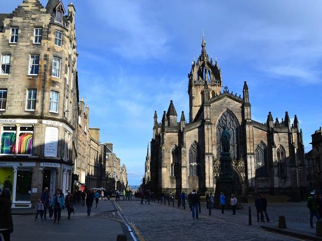 Catedral de Santo Egídio e um pouco da arquitetura lindíssima de Edimburgo