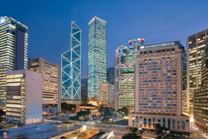 hong-kong-exterior-view-night-04