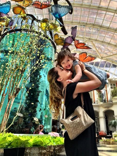 Gisele Almeida e Nicole Kifarkis - Hotel MGM Macau