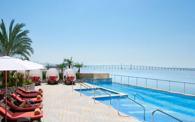 Mandarin Oirental, Macau_Swimming Pool