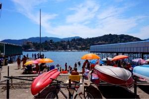 Rapallo - en vacker liten stad vid italienska kusten