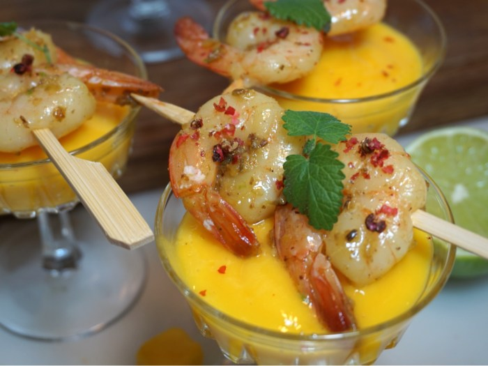 Hot mango shrimps