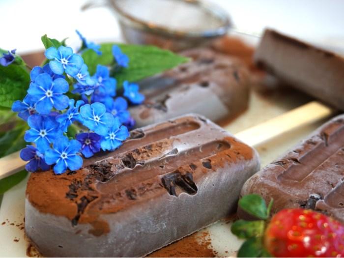 Nyttiga chokladglasspinnar