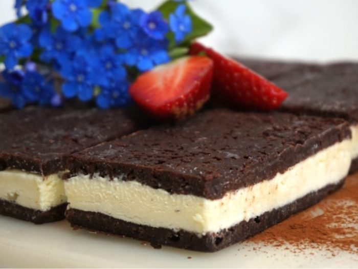 Brownie Vanilla Sandwich