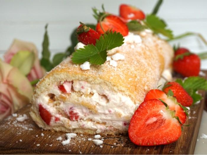 Sommardrömtårta med jordgubbar och maräng