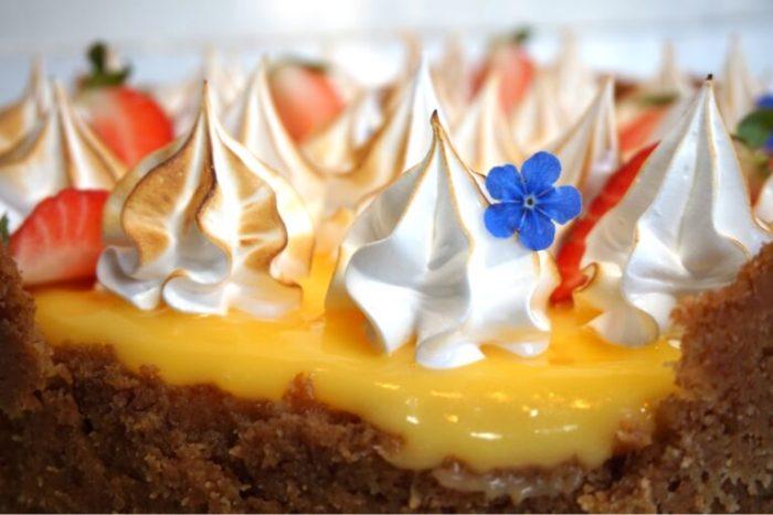 Passionsfrukts cheesecake med italiensk maräng