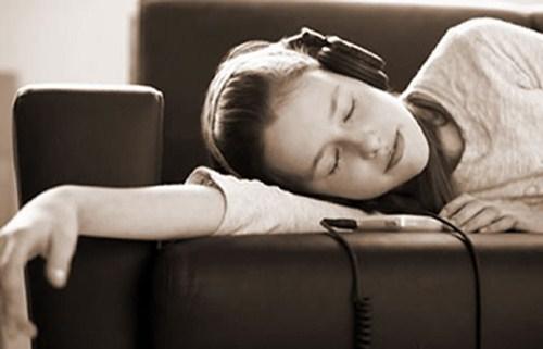 Những thói quen tai hại ai cũng mắc phải khi sử dụng tai nghe - ảnh 3