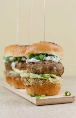 burger od curetine s humusom (3)