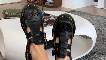 Resultado de imagen para zapatos de colegio dr martens