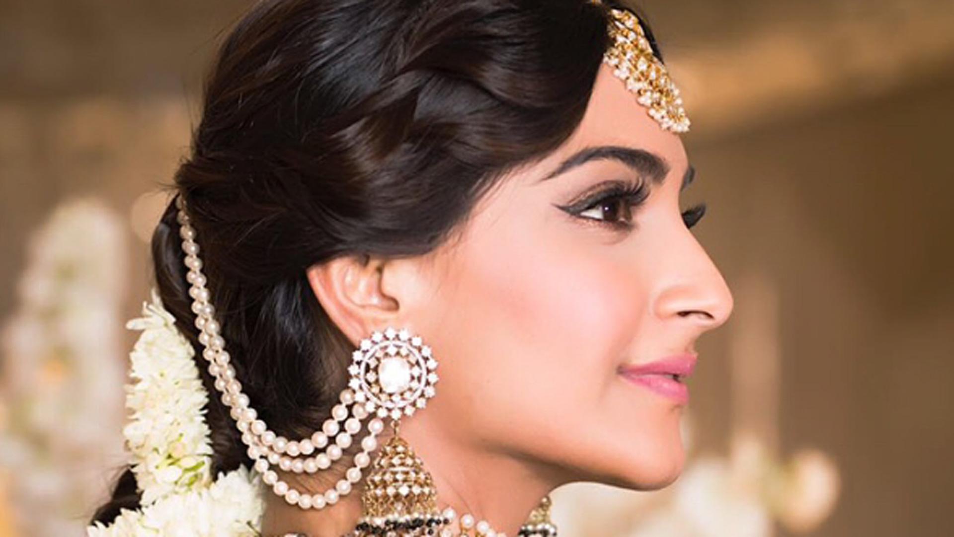 Sonam Kapoors Mehandi Hairstyle Sonam Kapoors