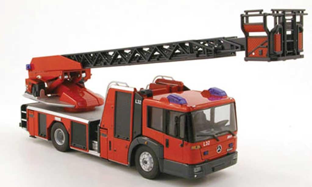 Mercedes Econic DL 32 Fire Truck Wiking Diecast Model Car