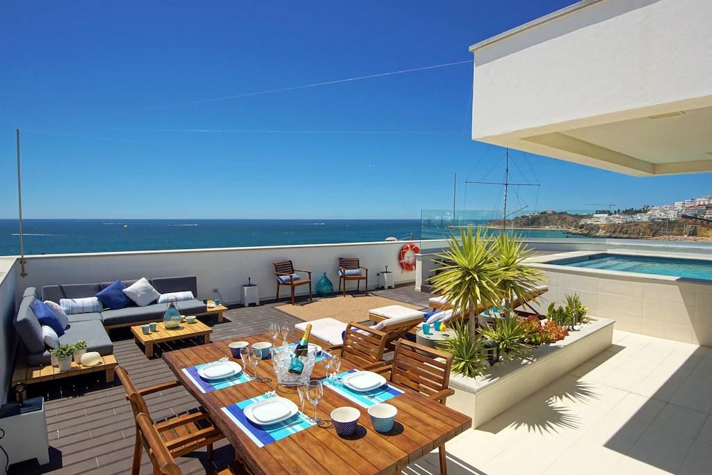 Seaview Villa in Faro, Algarve