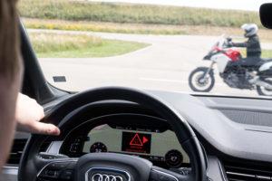 Ducati presenta la comunicazione tra auto e moto 1