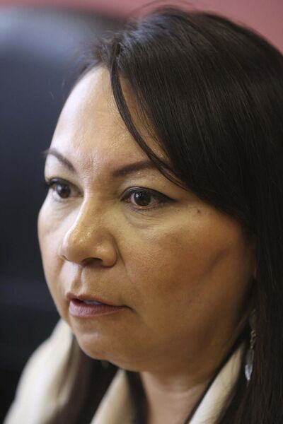JOE BRYKSA / WINNIPEG FREE PRESS Sheila North Wilson -Grand Chief of Manitoba Keewatinowi Okimakanak (MKO) - at news conference Friday at the MKO offices to discuss the state of emergency after Thursdays fire that destroyed the Shamattawa First Nation Band Office.Sept 23, 2016 -(See story)</p>