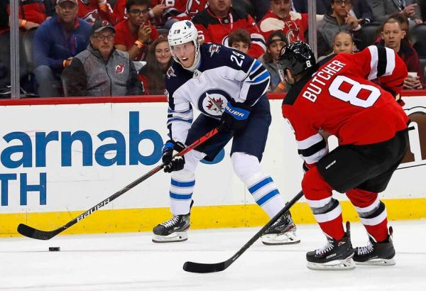 Jets defeat Devils 5-4 in shootout