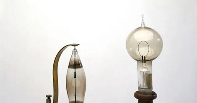 Thomas Edison First Light Bulb